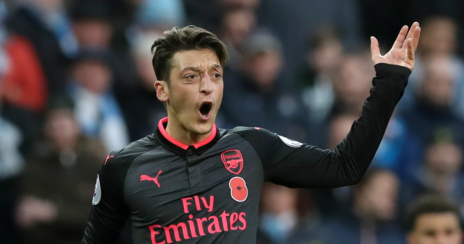 Mails on hating Mesut Ozil and doubting Marcus Rashford