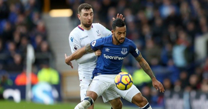 Everton rebound from Arsenal rout with win over Palace