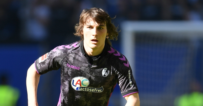 Arsenal win race for ace defender