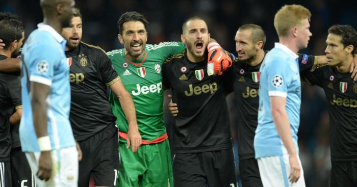 Gianluigi Buffon Juventus celebrate Football365