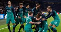Tottenham players celebrate Ajax