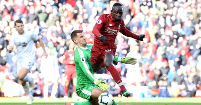 Sadio Mane Tom Heaton Liverpool Burnley