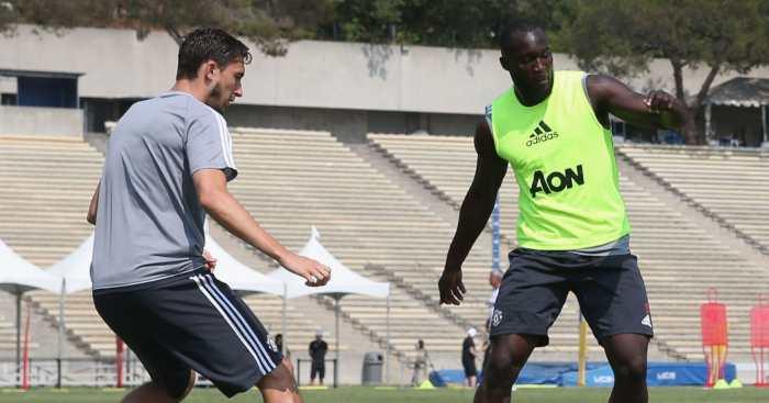 Romelu Lukaku Matteo Darmian Manchester United