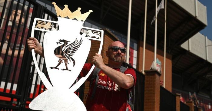 Liverpool champions fan