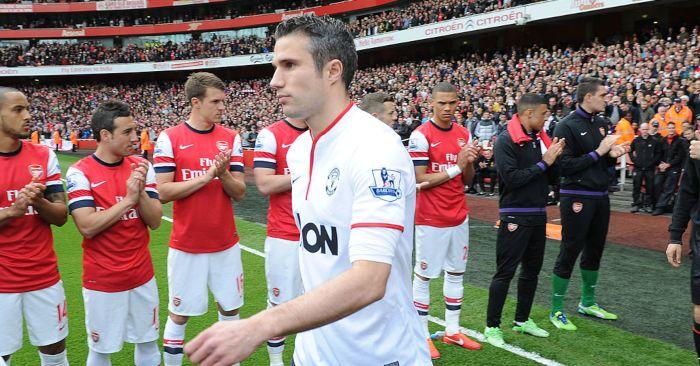Robin-van-persie-arsenal-guard-of-honour-football365