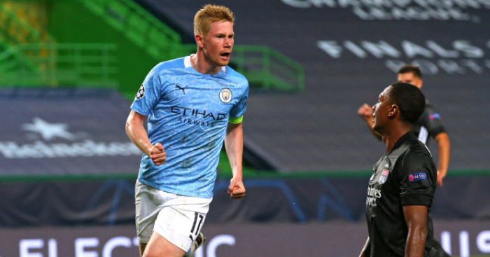 De Bruyne 'very happy' but denies talks over new Man City deal thumbnail