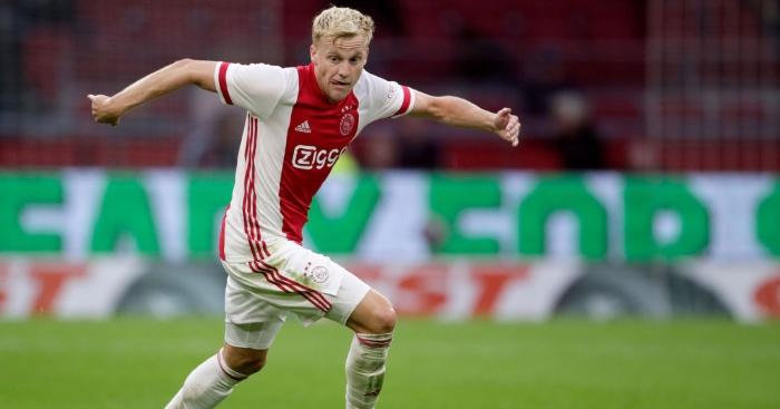 Van De Beek Tells Ajax Teammates He Is Moving To Man Utd