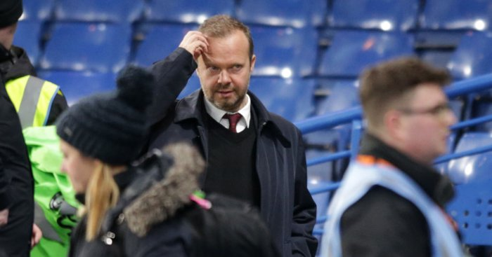 Carragher explains why Woodward 'can't really win' at Man Utd