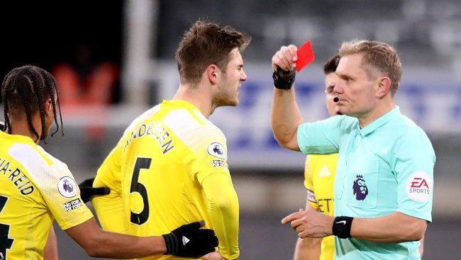 Joachim Andersen red card Newcastle Fulham