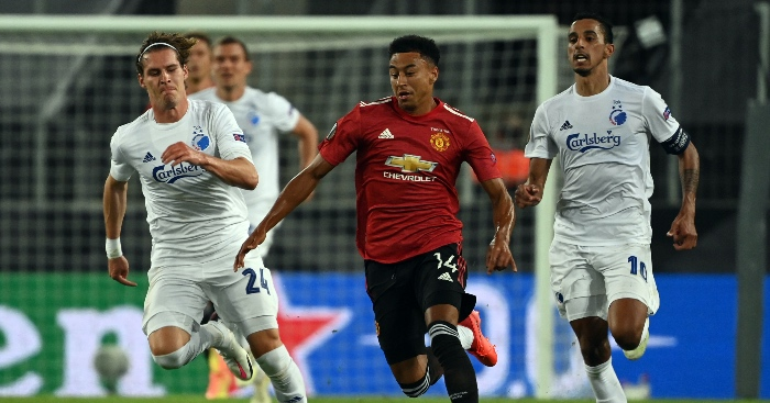 West Ham complete signing of Man Utd and England winger Lingard thumbnail