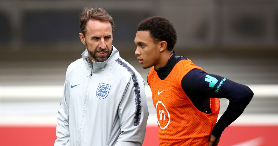 Gareth Southgate speaks with Trent Alexander-Arnold