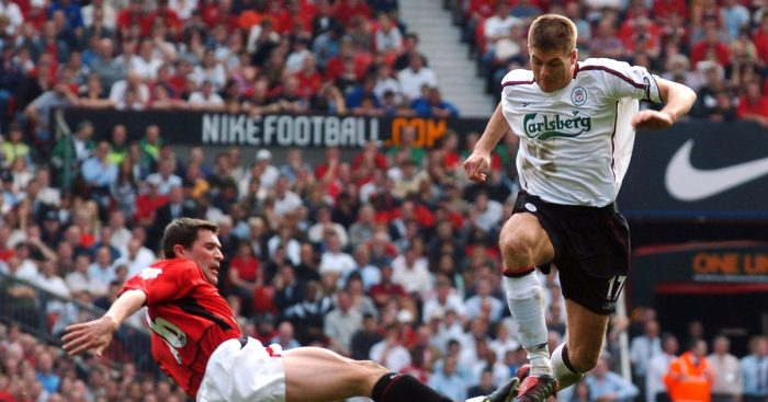 Roy Keane tackles Steven Gerrard