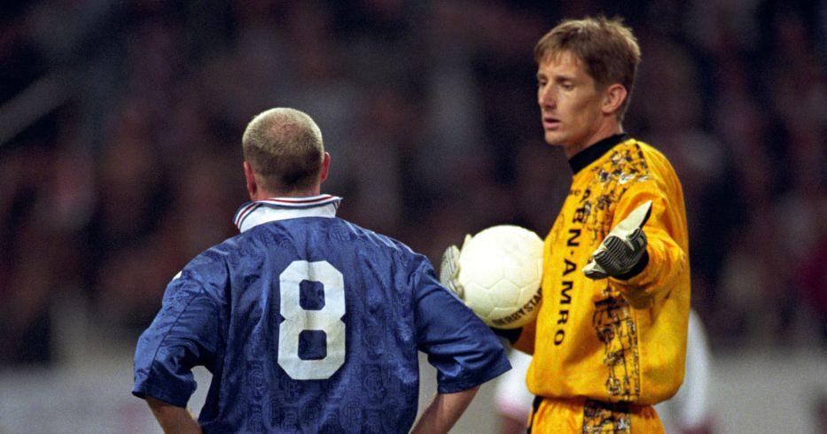 Paul Gascoigne is sent off as Edwin van der Sar appeals