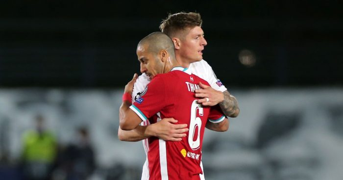 Thiago Alcantara embraces Toni Kroos