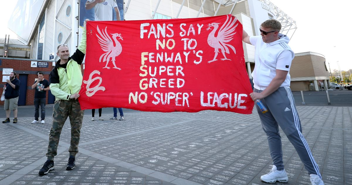 Liverpool-fans-protest