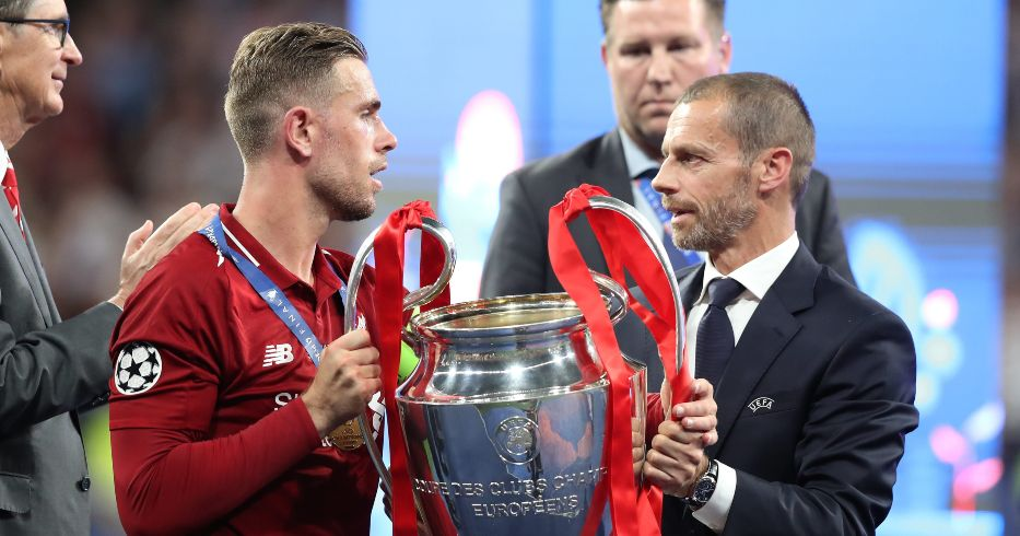 Jordan Henderson and Aleksander Ceferin with the Champions League trophy