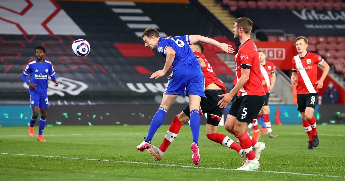 Southampton 1-1 Leicester: Foxes held by 10-man Saints thumbnail