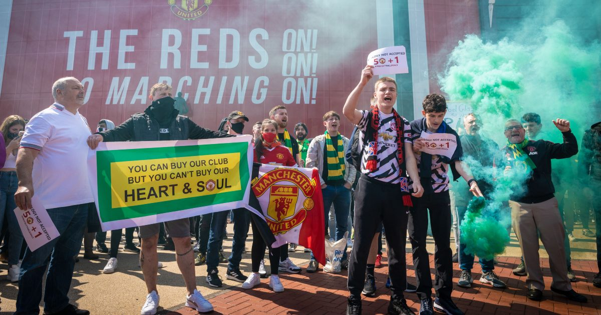 Manchester United protests: The bumper Mailbox thumbnail