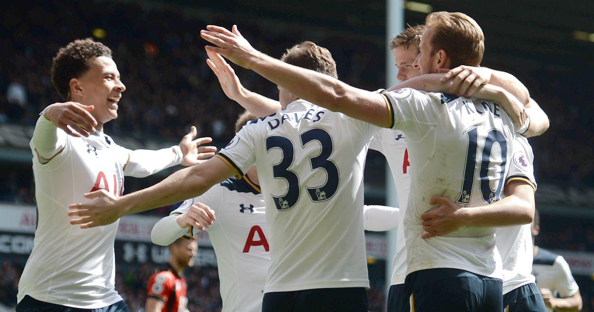 Tottenham Harry Kane celebrate 2017