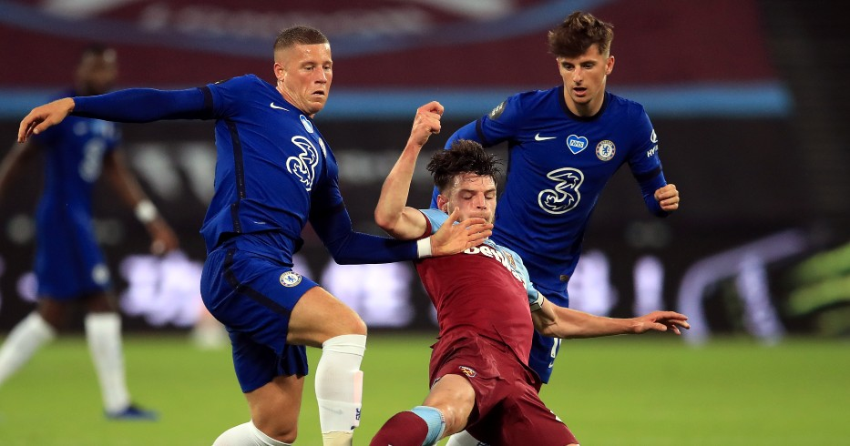 Ross Barkley is tackled by Declan Rice