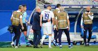 Didier Deschamps comforts Karim Benzema