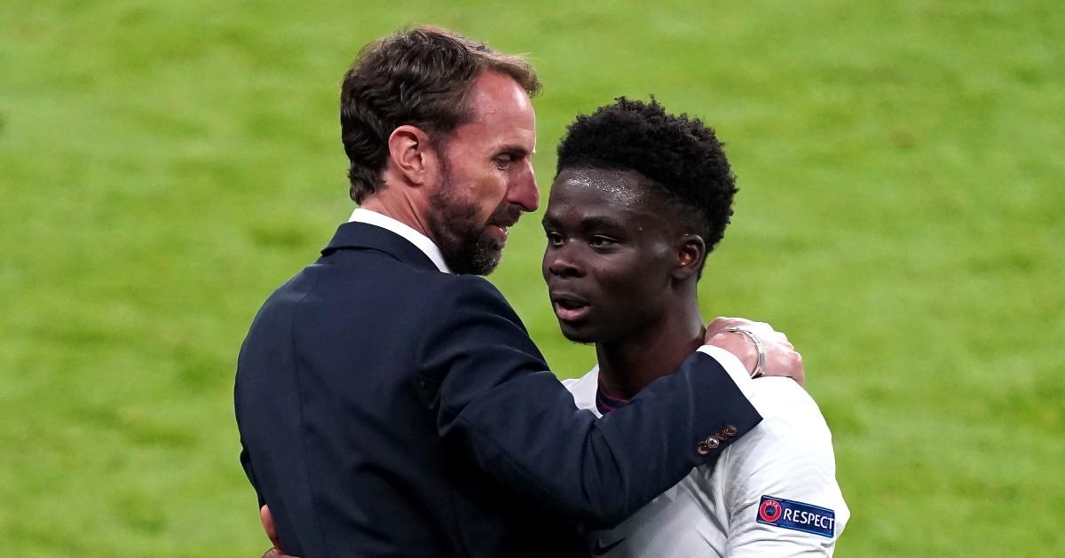 Gareth Southgate embraces Bukayo Saka