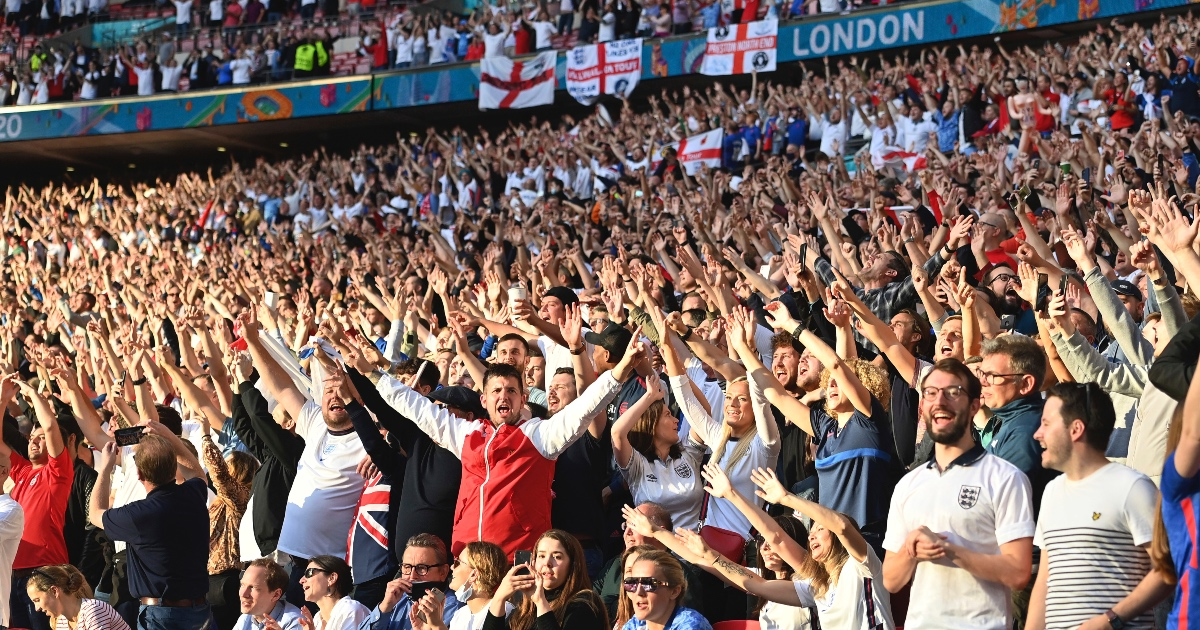 England fans Wembley F365