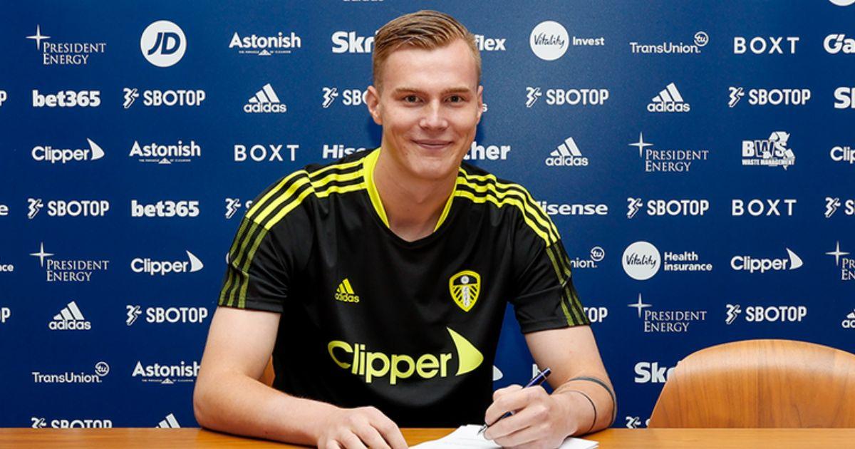 Leeds United sign goalkeeper Klaesson from Valerenga - Football365