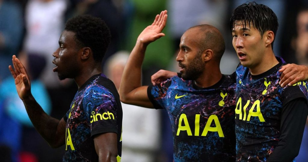 Tottenham players in their new away kit