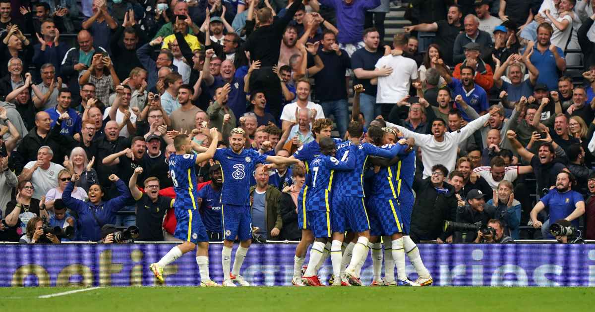 Thiago Silva celebrates after scoring for Chelsea