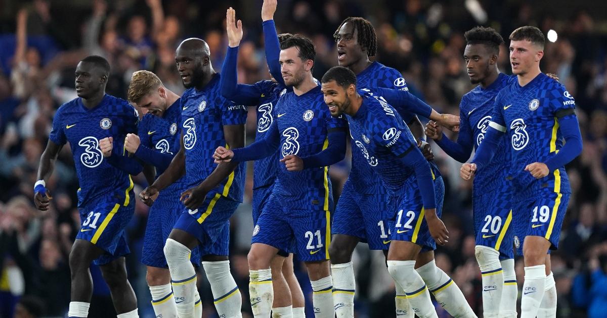 Chelsea celebrate winning a penalty shootout