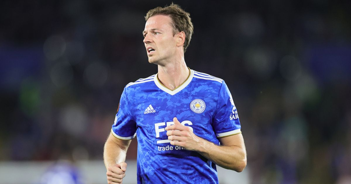 Leicester boss Rodgers 'delighted' to see Evans return