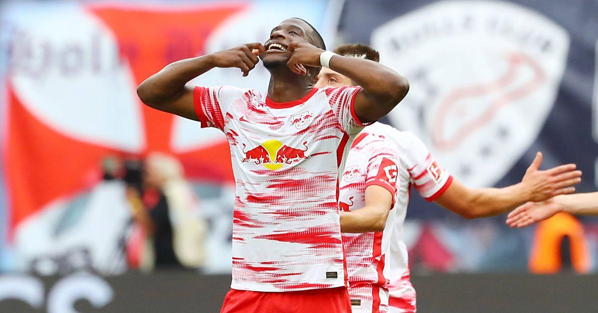 Gossip: Man Utd to make offer for Bundesliga star; Liverpool eye €100m man - Football365
