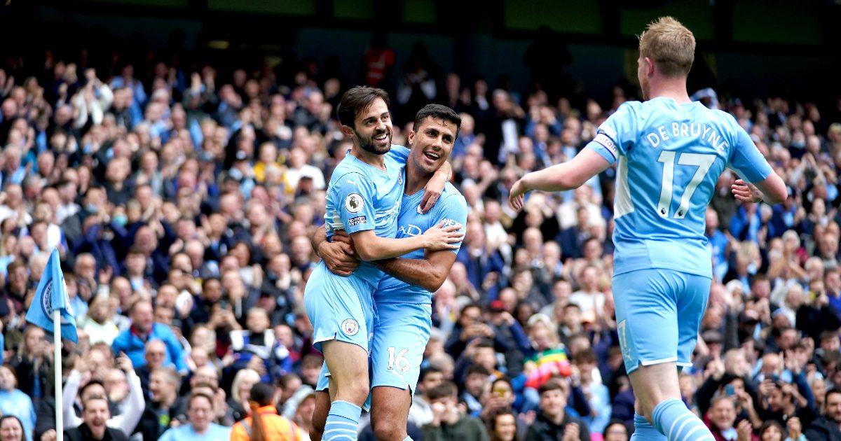Bernardo Silva scores for Man City