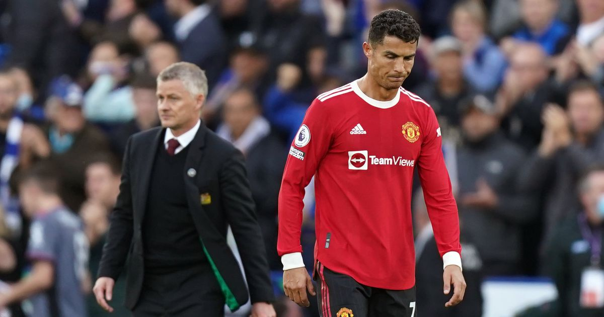 Report reveals Man Utd morale at 'a new low' after long Solskjaer lock-in